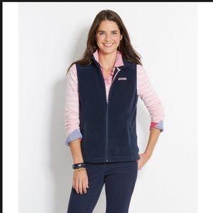 Women's vineyard vines navy vest